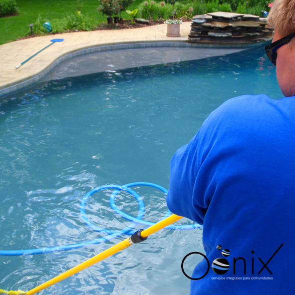 Mantenimiento piscinas oonixoonix for Mantenimiento de piscinas